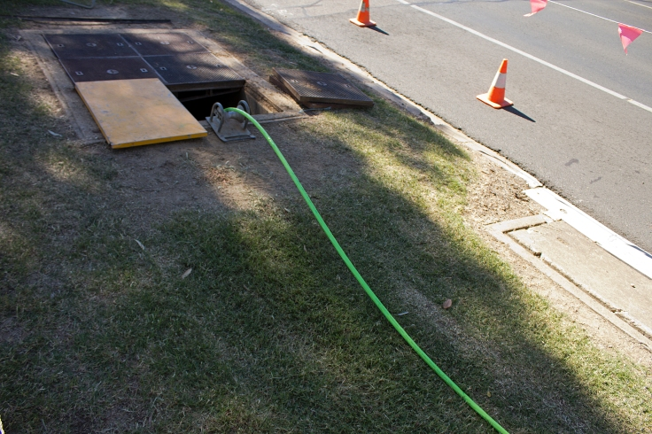 NBN_Co_fibre_optic_cable_being_laid_in_Tarcutta_St_in_Wagga_(2)